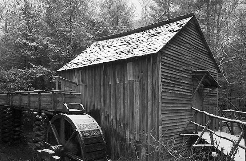 cable mill great smokey mountians meluso louis