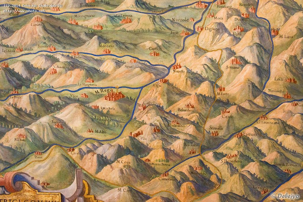 detailed hand painted maps in the vatican museum chakraborty debejyo
