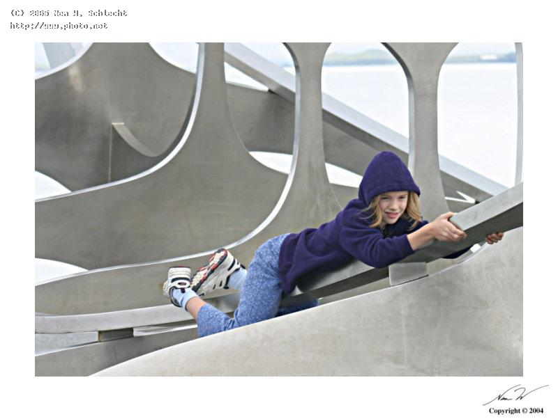 girl on viking ship sculpture reykjavik seeking critique schlecht nem w