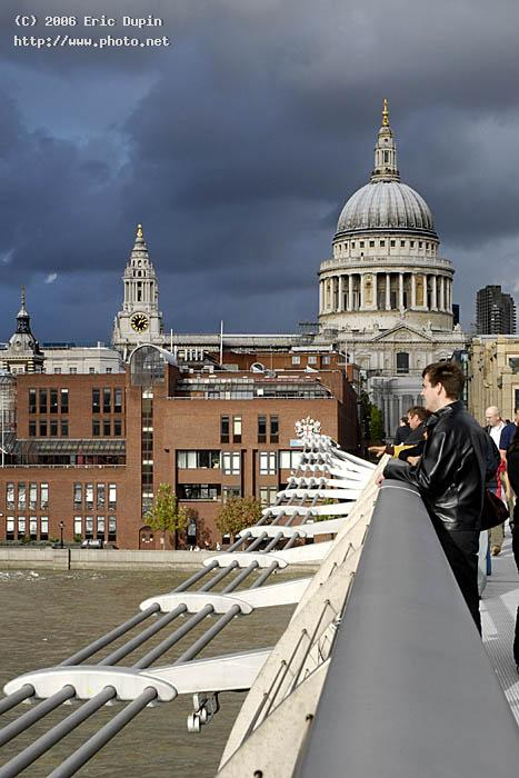 millenium bridge seeking critique dupin eric