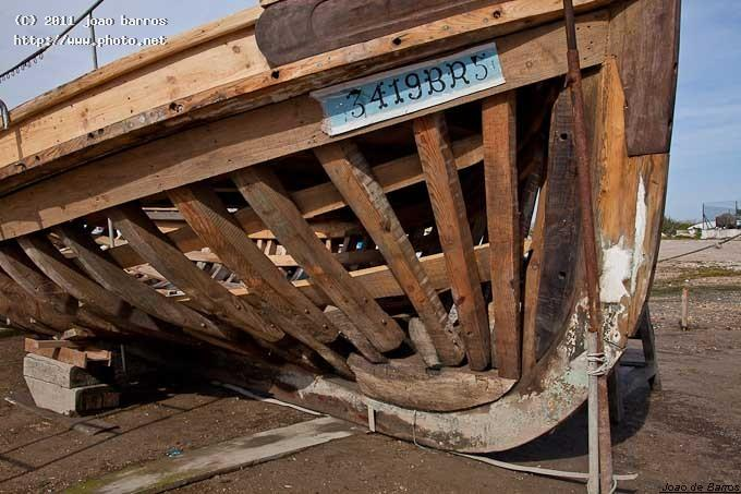 moita bow construction timber boat barros joao