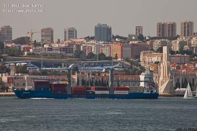 ms insular vessel maritime ship harbour barros joao