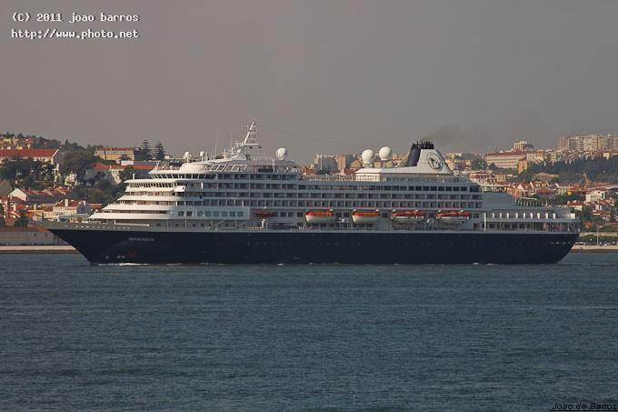 ms prinsendam cruiser ship vessel travel maritime barros joao