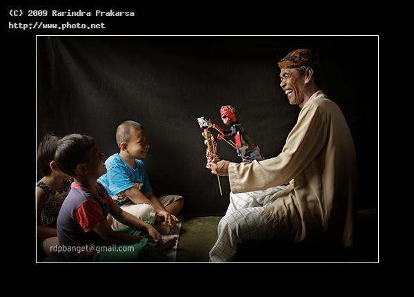 puppet master happy wayang java west indonesia culture go prakarsa rarindra