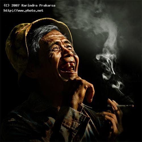 sorry this is not about enjoy smoking but he oldman smoke canon eos rebel xt java west indonesi prakarsa rarindra