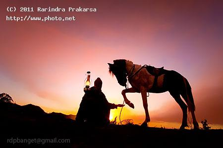 the dark rider bromo java east indonesia lamp horse sky prakarsa rarindra