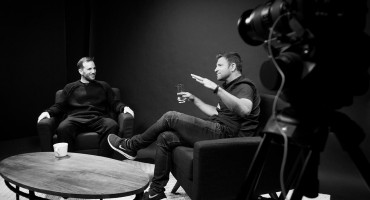 The Intersection of Art & Business with Joe Gebbia on Chase Jarvis LIVE
