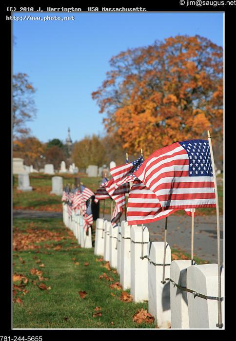 veterans grave markers and flags saugus massachuse fall massachusetts foliage graves ve harrington usa j